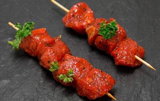 2 Beef skewers (Swiss) with a home-made BBQ marinade
