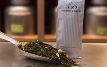 Les Invités green tea