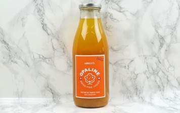Apricot juice from Valais