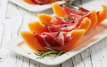 Melon Charentais & raw ham
