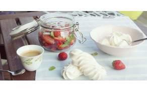 Meringue et fraises