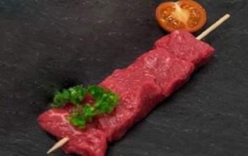 Rumsteak skewers - garlic...